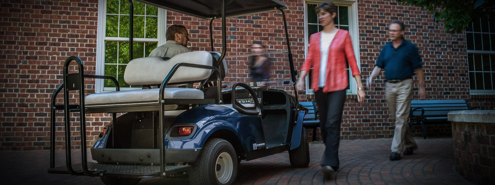 2017 Cushman Shuttle 2+2 48V Electric in Covington, Georgia