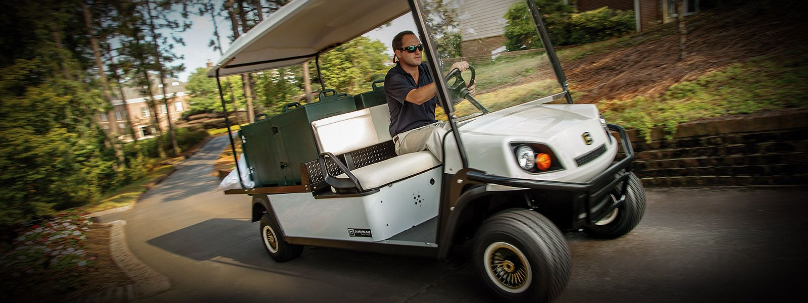 2017 Cushman Shuttle 2 Electric in Exeter, Rhode Island