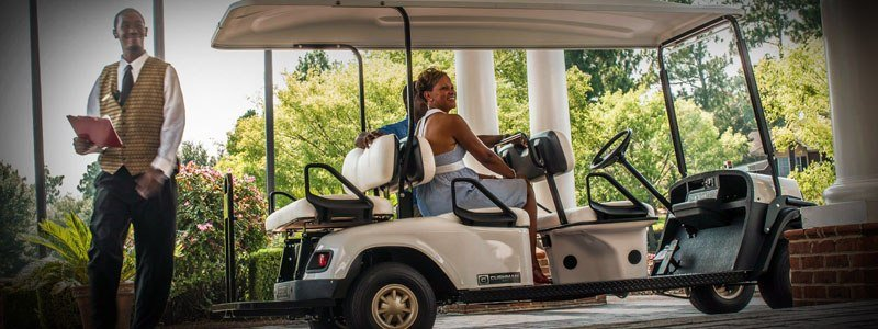 2017 Cushman Shuttle 6 Gas in Pikeville, Kentucky
