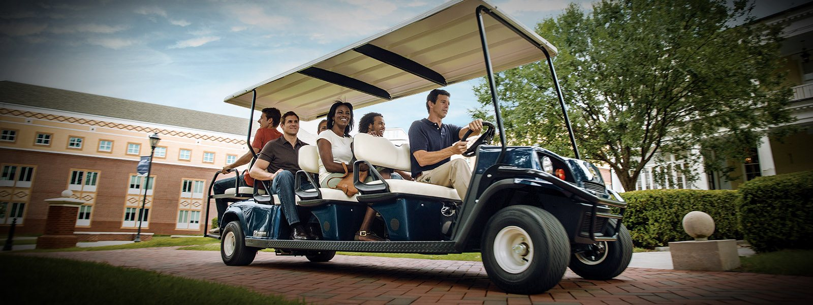 2017 Cushman Shuttle 8 Gas in Covington, Georgia