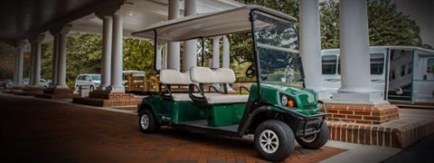 2020 Cushman Shuttle 4 EFI Gas in Fernandina Beach, Florida - Photo 2