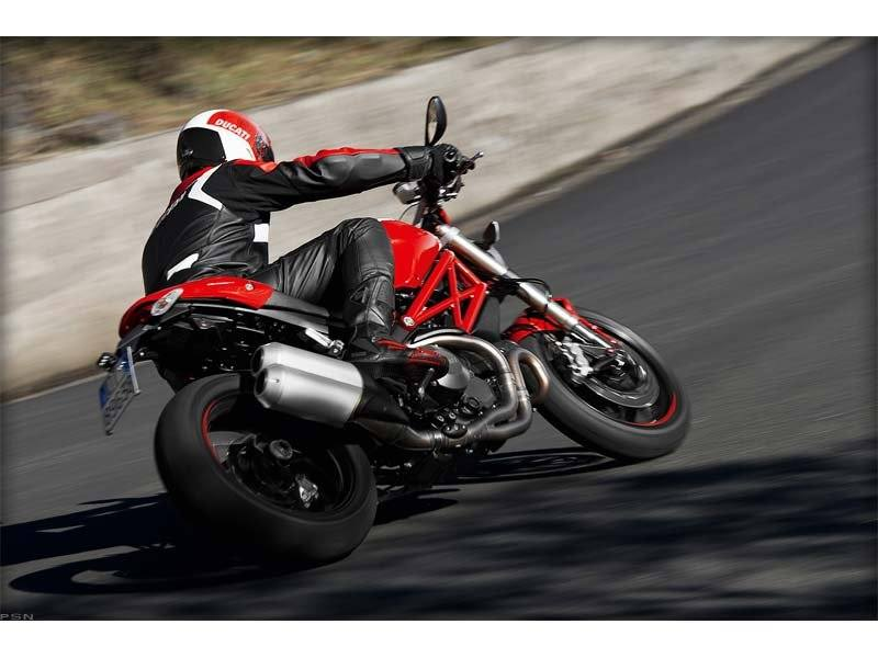 2012 Ducati Monster 1100 EVO in Chula Vista, California - Photo 17