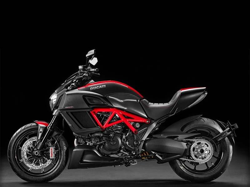 2014 Ducati Diavel Carbon in Medford, Massachusetts