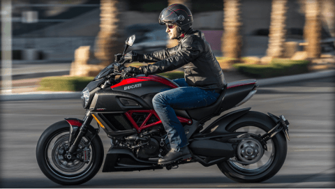 2015 Ducati Diavel Carbon in Concord, New Hampshire - Photo 29
