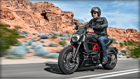2015 Ducati Diavel Carbon in Concord, New Hampshire - Photo 28