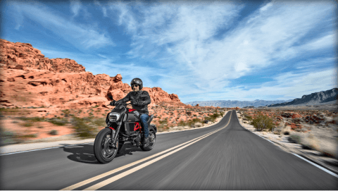 2015 Ducati Diavel Carbon in Concord, New Hampshire - Photo 38