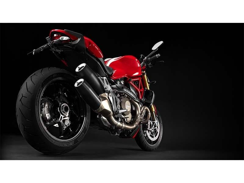 2015 Ducati Monster 1200 S Stripe in Columbus, Ohio