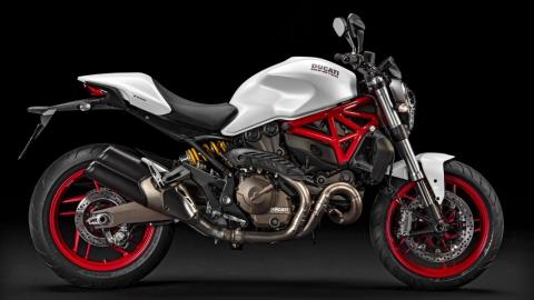 2015 Ducati Monster 821 in Daytona Beach, Florida