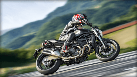 2015 Ducati Monster 821 Dark in Sacramento, California - Photo 21