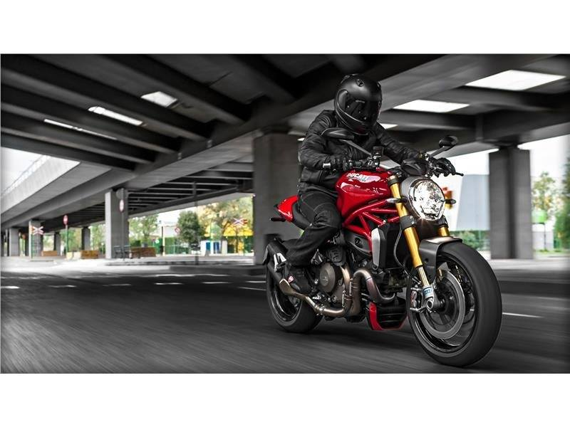 2016 Ducati Monster 1200 S in Daytona Beach, Florida