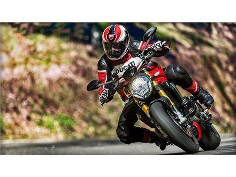 2016 Ducati Monster 1200 S in Medford, Massachusetts