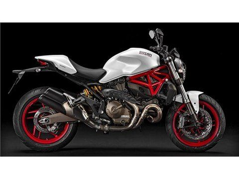 2016 Ducati Monster 821 in Northampton, Massachusetts