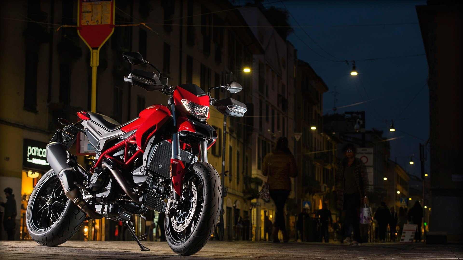 2016 Ducati Hypermotard 939 in Northampton, Massachusetts