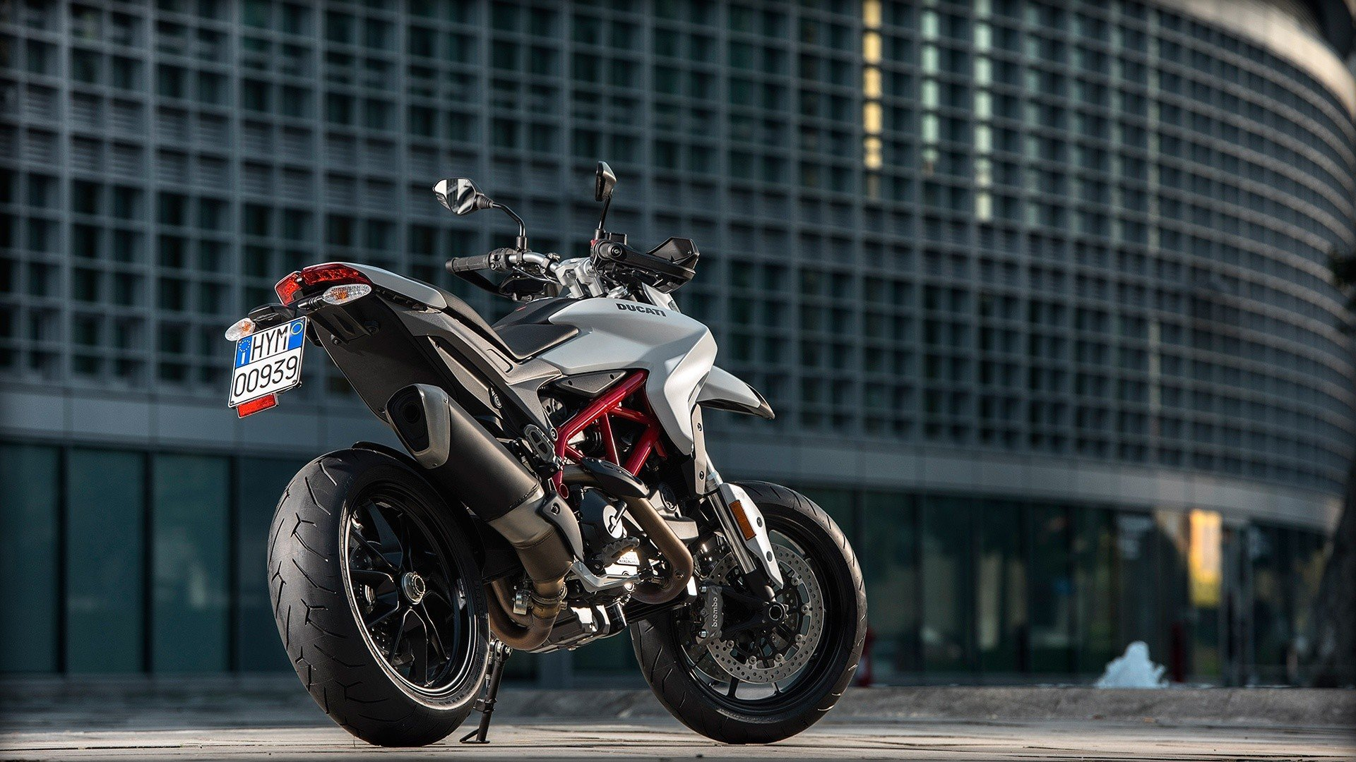 2016 Ducati Hypermotard 939 in Greenville, South Carolina