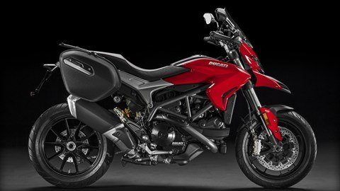 2016 Ducati Hyperstrada 939 in Ossining, New York