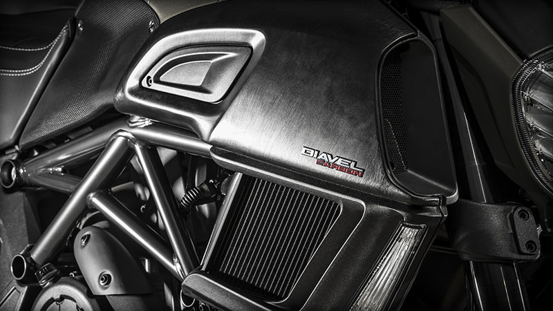 2017 Ducati Diavel Carbon in Albuquerque, New Mexico - Photo 3