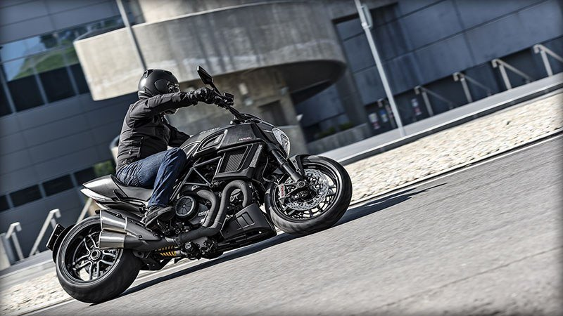 2017 Ducati Diavel Carbon in Brea, California