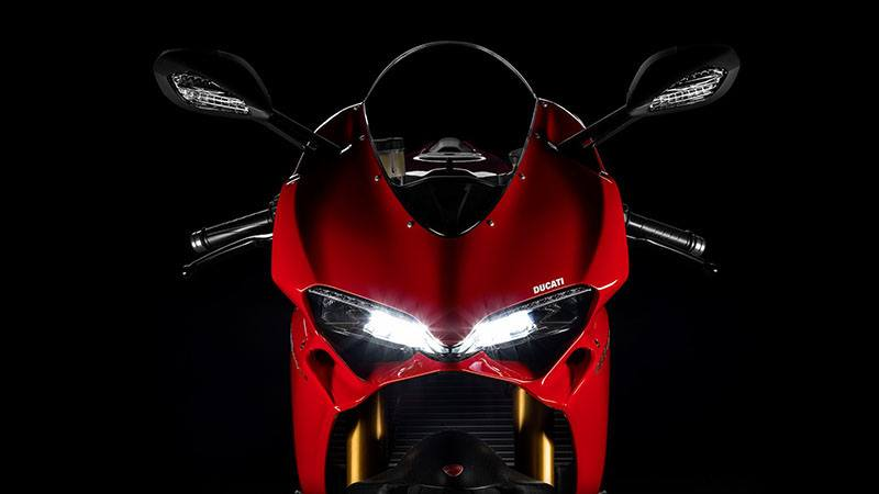 2017 Ducati 1299 Panigale S in Medford, Massachusetts - Photo 4