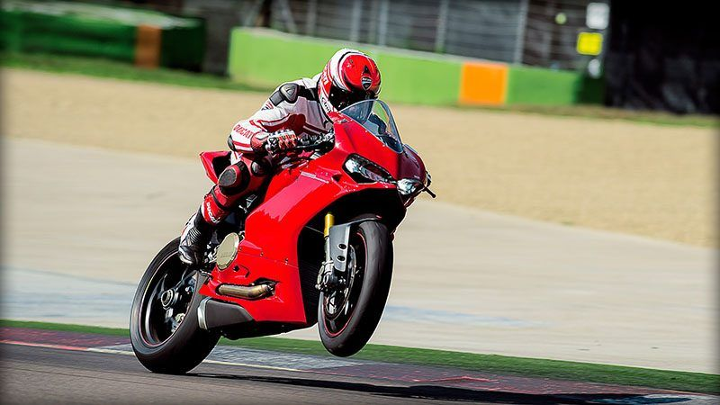 2017 Ducati 1299 Panigale S in Medford, Massachusetts - Photo 7