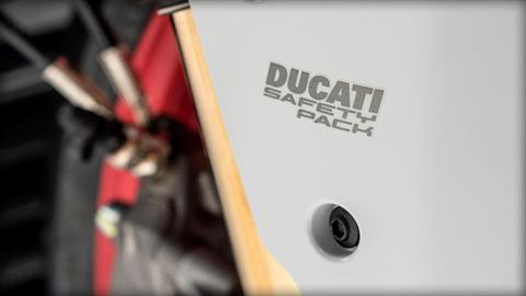 2017 Ducati SuperSport S in Northampton, Massachusetts