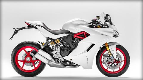 2017 Ducati SuperSport S in Medford, Massachusetts