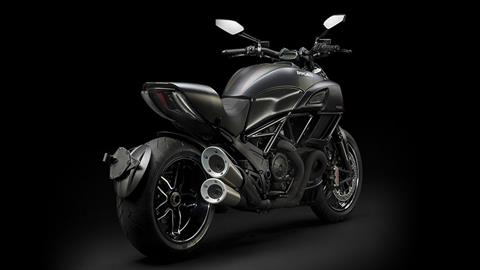2018 Ducati Diavel Carbon in Norfolk, Virginia - Photo 2
