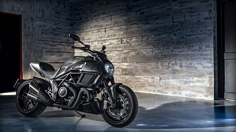 2018 Ducati Diavel Carbon in Springfield, Ohio