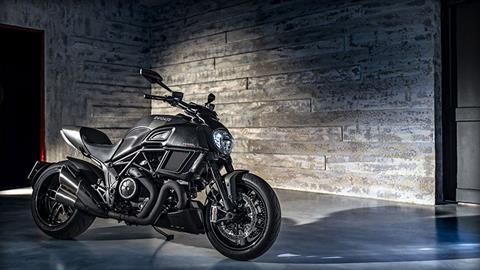 2018 Ducati Diavel Carbon in Springfield, Ohio - Photo 3