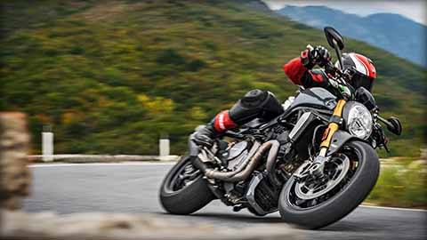2018 Ducati Monster 1200 S in Brea, California - Photo 10