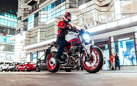 2018 Ducati Monster 797+ in Greenville, South Carolina
