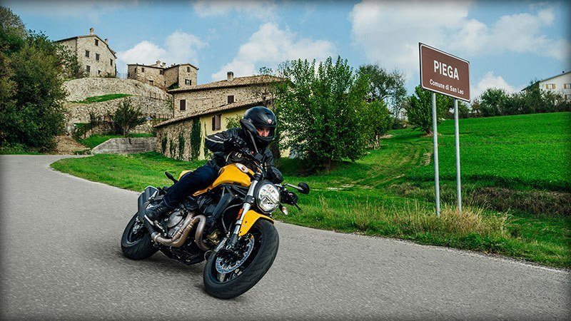 2018 Ducati Monster 821 in Harrisburg, Pennsylvania - Photo 8