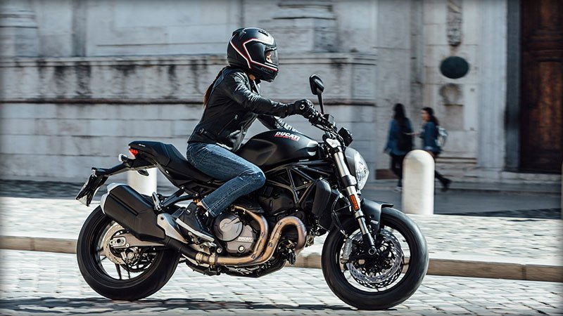 2018 Ducati Monster 821 in Harrisburg, Pennsylvania - Photo 12