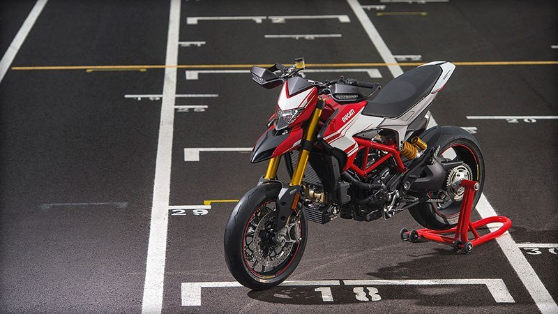 2018 Ducati Hypermotard 939 SP in Northampton, Massachusetts - Photo 5
