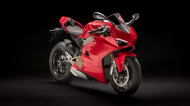 2018 Ducati Panigale V4 in Medford, Massachusetts - Photo 3