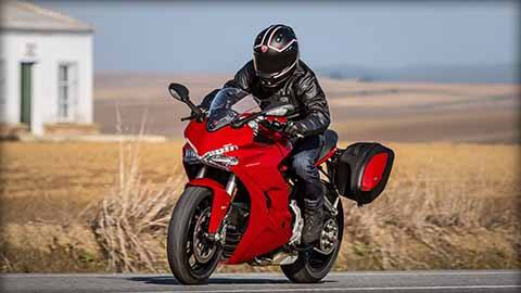 2018 Ducati SuperSport in Medford, Massachusetts
