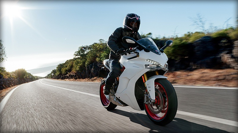2018 Ducati SuperSport S in Medford, Massachusetts