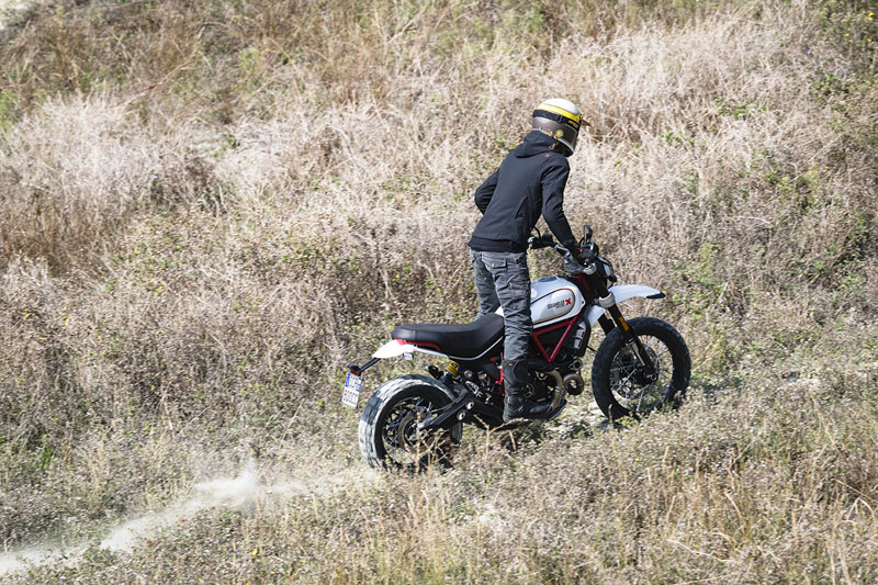 2019 Ducati Scrambler Desert Sled in Albuquerque, New Mexico - Photo 6