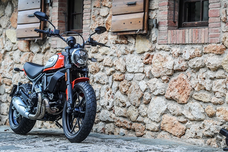 2019 Ducati Scrambler Icon in Medford, Massachusetts - Photo 18