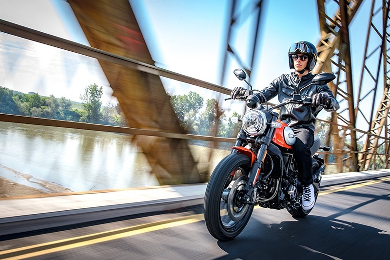 2019 Ducati Scrambler Icon in Medford, Massachusetts - Photo 24