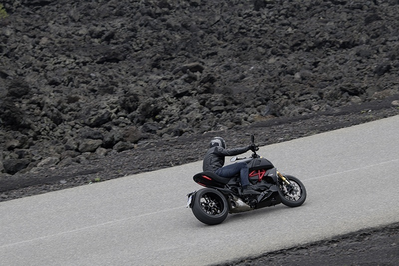 2019 Ducati Diavel 1260 S in Saint Louis, Missouri - Photo 6