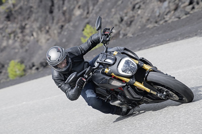 2019 Ducati Diavel 1260 S in Albuquerque, New Mexico - Photo 8