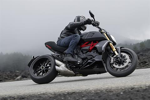 2019 Ducati Diavel 1260 S in Medford, Massachusetts - Photo 4