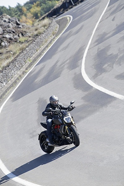 2019 Ducati Diavel 1260 S in Medford, Massachusetts - Photo 10
