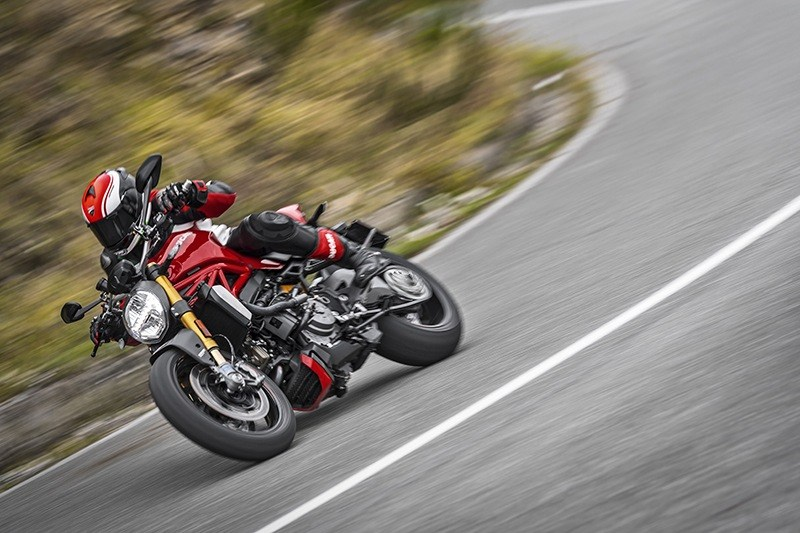 2019 Ducati Monster 1200 S in Medford, Massachusetts - Photo 12