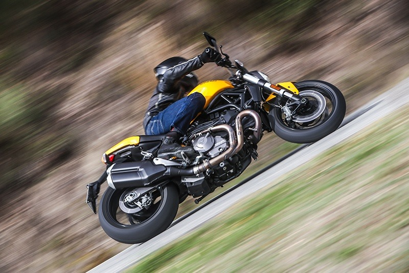 2019 Ducati Monster 821 in Oakdale, New York - Photo 10
