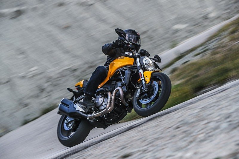 2019 Ducati Monster 821 in Medford, Massachusetts - Photo 13