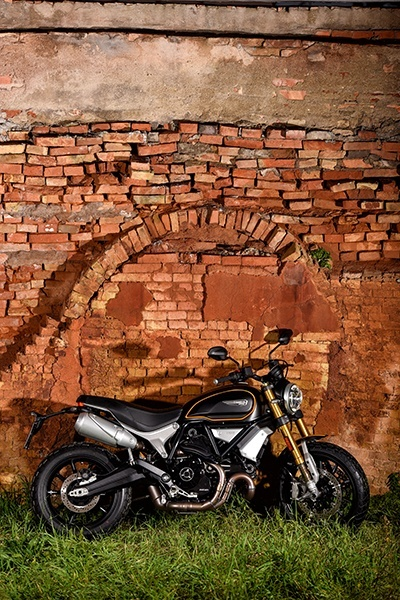 2019 Ducati Scrambler 1100 Sport in Medford, Massachusetts - Photo 8