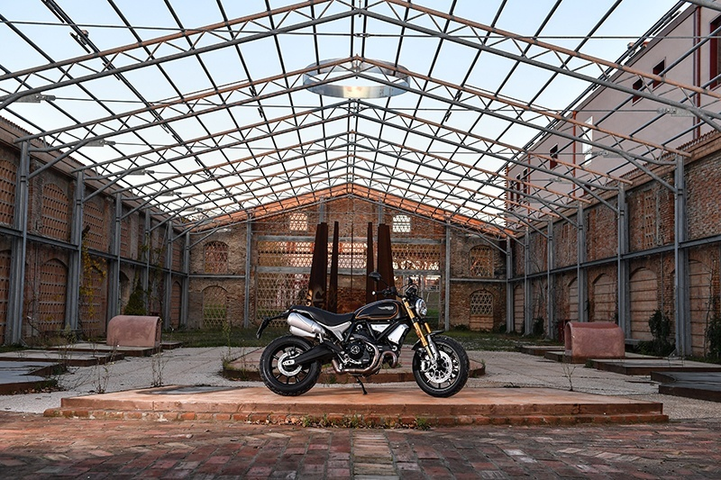 2019 Ducati Scrambler 1100 Sport in Oakdale, New York - Photo 12
