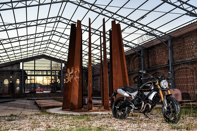 2019 Ducati Scrambler 1100 Sport in Oakdale, New York - Photo 16