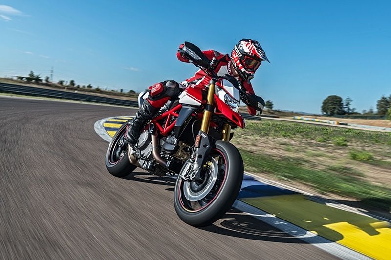 2019 Ducati Hypermotard 950 SP in Medford, Massachusetts - Photo 5